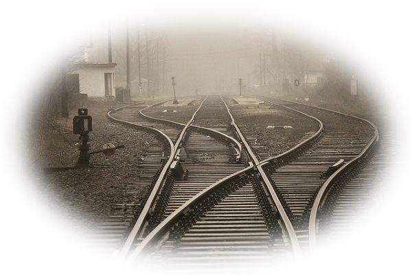 蛇行する線路を見る夢(くねくねした線路を見る夢、蛇行した線路が直線の線路に切り替わる夢)