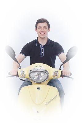 バイクにノーヘルメットで乗る夢(バイクを無免許で乗る夢)