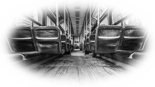 おんぼろバスに乗る夢(おんぼろバスを見る夢)