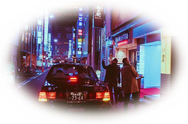 タクシーを友達と一緒に乗る夢(友達が一緒にタクシーに乗ってくれない夢)