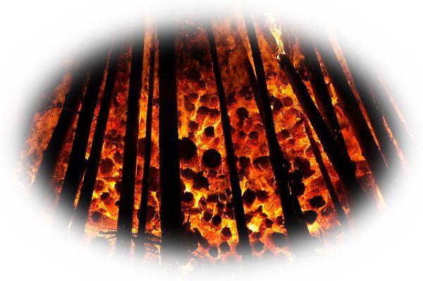 自宅に放火する夢(恋人の家に放火する夢、次々と家に放火する夢、家に放火して火事現場にいる夢)