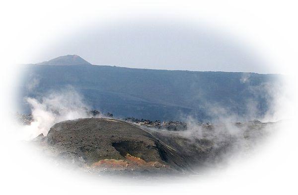 海の中で火山の噴火が起こり島が出来る夢