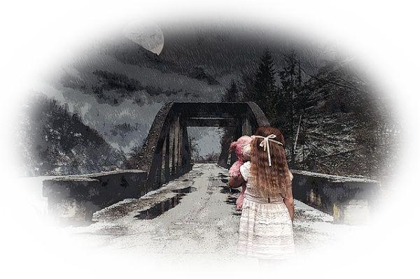 橋の向こうで誰かが呼ぶ夢