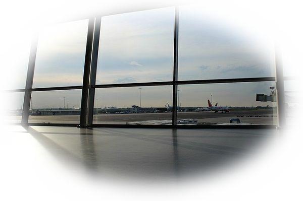 海外から帰国する夢