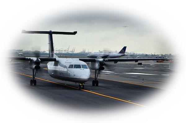 飛行機がコースを変更する夢