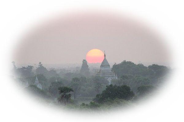 夜明けのお寺を見る夢