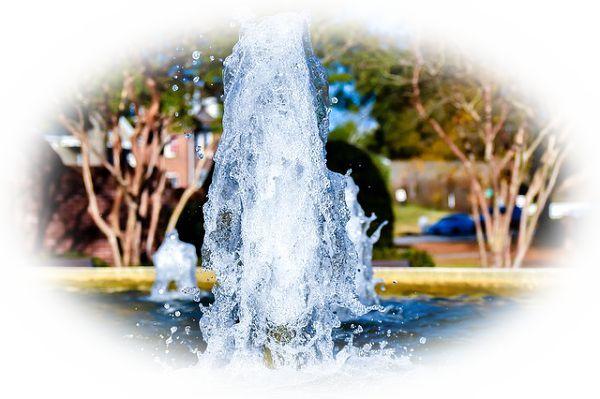 噴水のある公園にいる夢