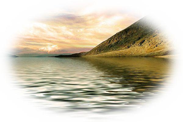 湖がざわついて何かが現れそうになる夢