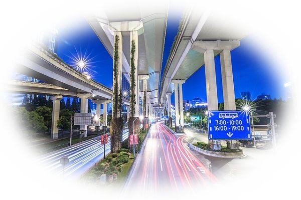 高速道路のインターチェンジにいる夢