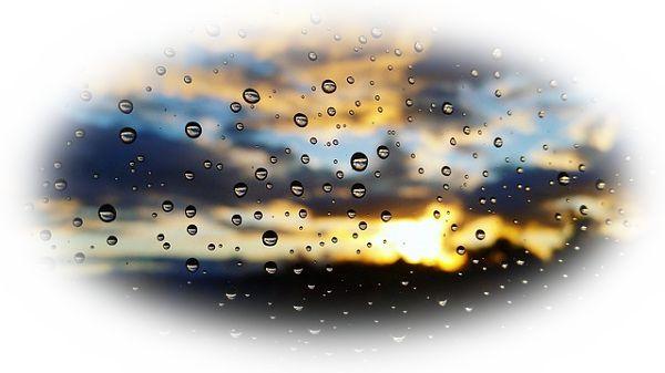 雨上がりの夕日を見る夢(雨が降りながら夕日を見る夢)