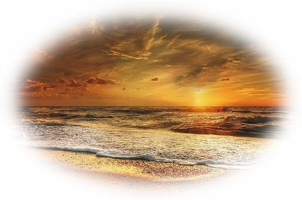 海に映える夕日を見る夢