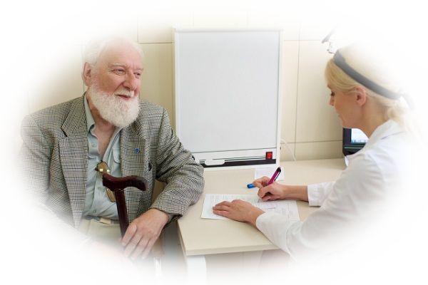 医者の診療を受ける夢