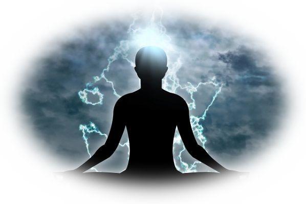 神仏などが放つ後光を浴びる夢