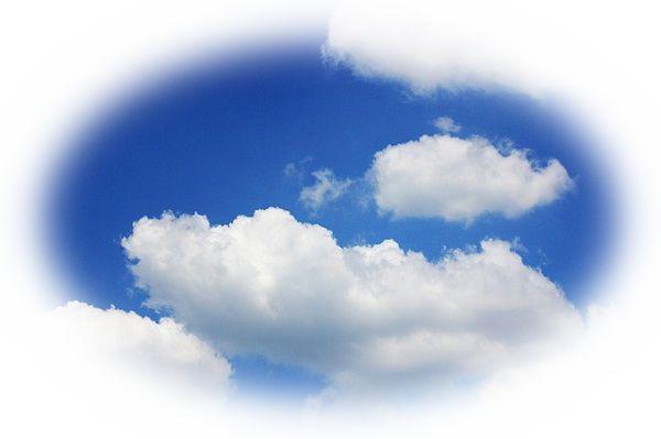 夢占い雲の夢の意味20選!赤い雲は季節で意味が変わる?