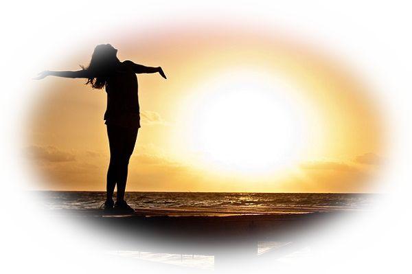 夢占い太陽の夢の意味15選!父親や権威のある人物を表す?