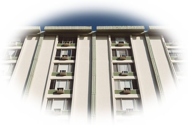 狭いマンションやアパートに住んでいる夢