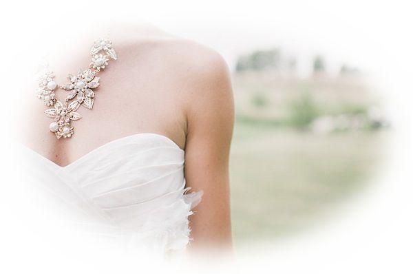 見知らぬ人の結婚式に招待される夢