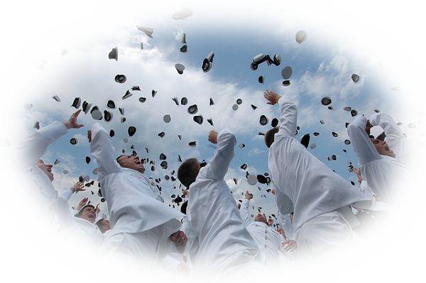 夢占い卒業(卒業式)の夢の意味24選!色々なことの卒業を表す?