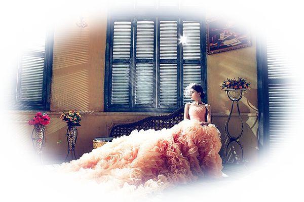 ウエディングドレスのサイズが合わない夢