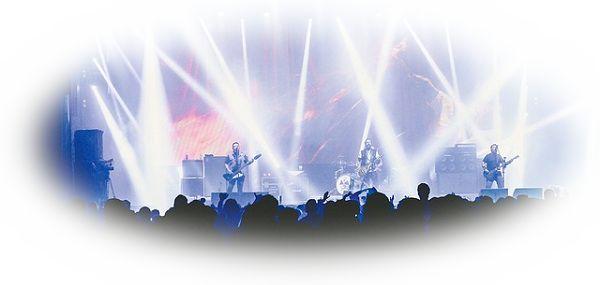 ライブやコンサートでスポットライトで照らされる夢