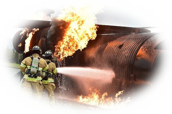 飛行機が墜落して火災を起こしている夢(高層ビルが火事になっている夢)