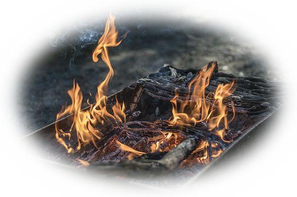 仏壇が燃えている夢