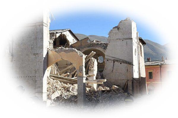 地震で生き埋めや下敷きになる夢