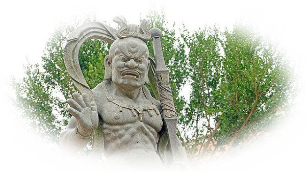 仏像に怒られる夢(仏像に睨まれる夢、仏像が怖い夢)