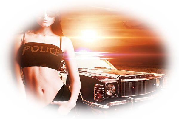 交通違反で逮捕される夢