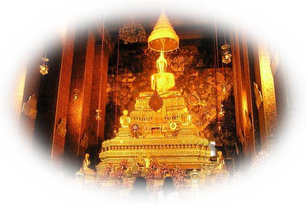 仏壇が光を発している夢(仏壇が外からの太陽光で光っている夢)