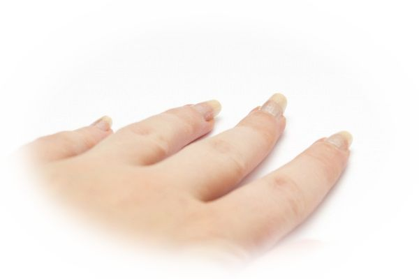 爪が一気に伸びる夢